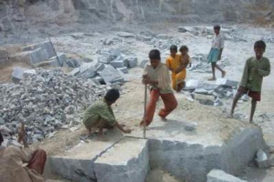 Grabmale aus Kinderarbeit verboten