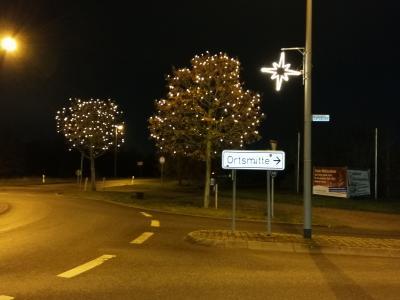 Foto zur Meldung: Neue Weihnachtsbeleuchtung im Nauheimer Ortsgebiet