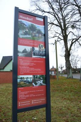 Das neue Hinweisschild in Hinzdorf I Foto: Martin Ferch