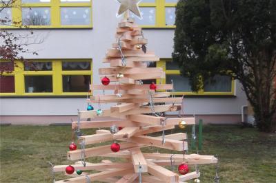 Bild der Meldung: AWO-Kita lädt zum Weihnachtbaum schmücken