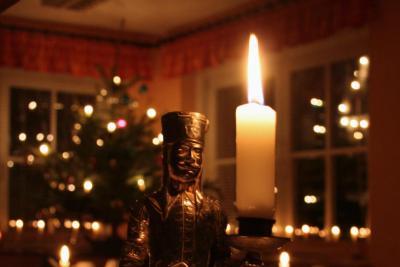 Bild der Meldung: MDR Adventszauber mit  Moderatorin Anja Koebel und Traditionskenner Heino Neuber