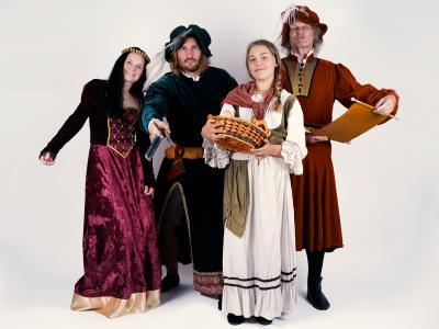Darsteller im Festumzug: Nicol Gloede, Yves Wiechert, Gini Engelbrecht, Burkhardt Goers
