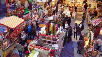 Bild der Meldung: Für Berliner sind die Märkte jenseits der Grenze geöffnet.