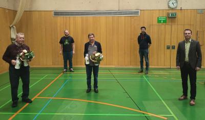 Stabwechsel bei den Sennfelder Siebener-Obmännern: (von links) Kurt Geyer, Peter Geyer, Walter Magerhans, Fritz Ludwig und Bürgermeister Oliver Schulze.