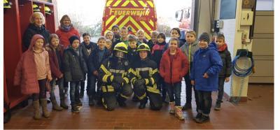 Foto zur Meldung: Wir besuchen die Freiwillige Feuerwehr Ihlpohl