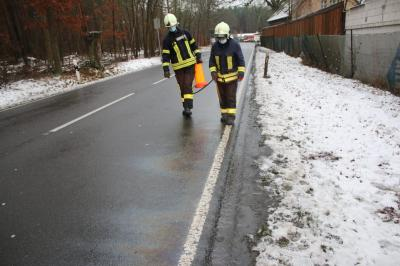 Vorschaubild zur Meldung: Ölspur in Damsdorf beseitigt