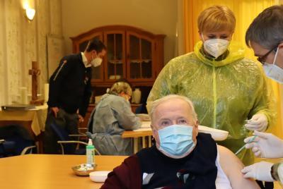 Vorschaubild zur Meldung: In Kyritz erste Corona-Impfungen in einer Senioreneinrichtung im Landkreis Ostprignitz-Ruppin