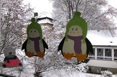 Foto zur Meldung: Klasse 4d: Winter-Fensterbilder