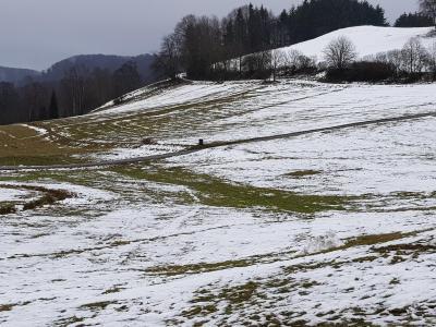 Foto zur Meldung: Rodeln und Schlittenfahren in Battenhausen nicht möglich