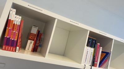 Für jeden was dabei - Unser neues Bücherregal!
