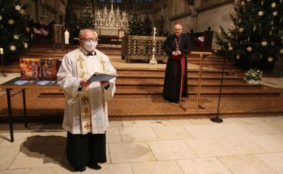 """Bild der Meldung: Unser Pfarrer Augustin Sperl mit dem Ehrentitel """"Monsignore"""" ausgezeichnet"""