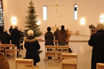Hell und freundlich präsentiert sich der Kirchenraum von Heilig Geist nach dem Umbau.