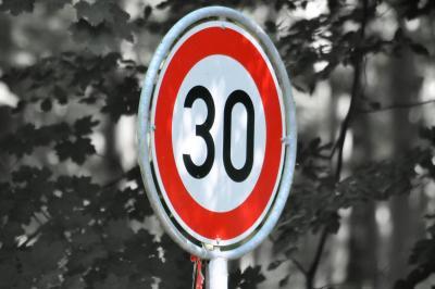 Die Verkehrswacht Cottbus e.V. feierte 2020 ihr 30-jähriges Bestehen. Foto: pixabay / doanme