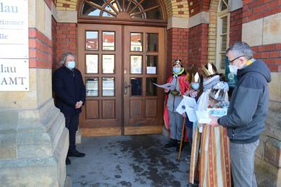 Bild der Meldung: Sternsinger bringen Gottes Segen ins Calauer Rathaus