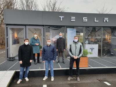 Foto zur Meldung: Tesla eröffnet Standort für das Ruhrgebiet in Holzwickede