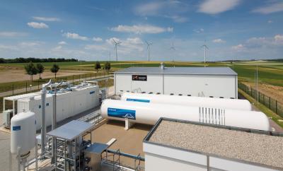 Im Energiepark Mainz wird seit mehr als fünf Jahren aus Windenergie Wasserstoff hergestellt. © Mainzer Stadtwerke AG