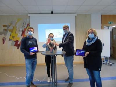 (Foto von links: Matthias Germei, Julika Lindner, Manuel Hortian, Helga Lauer)