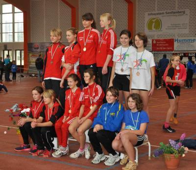 Foto zur Meldung: Bezirkshallenmeisterschaft im Einzel 2012