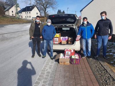 Foto zur Meldung: Feuerwehr und Sportverein mit toller Aktion