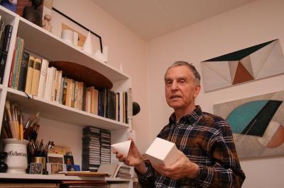 Helmut Felix Heinrichs in seinem Atelier 2007 I Foto: Dyk
