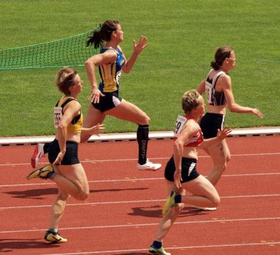 Daniela Kliche - auf Bahn 3 sprintend