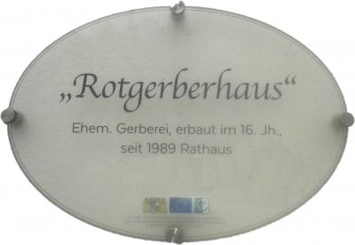 Foto zur Meldung: Hausnamen erzählen Geschichte - Bestellung von Hausnamenschildern wieder möglich!