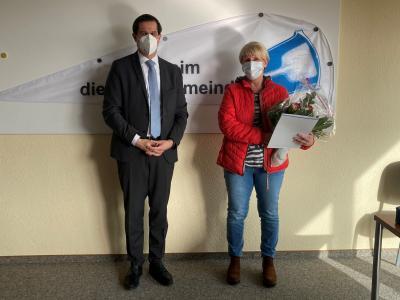 Foto zur Meldung: Herzlichen Glückwunsch, Frau Loschütz-Kleber!