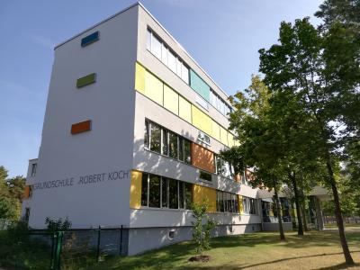 Grundschule Robert-Koch Niemegk mit Hort im OG