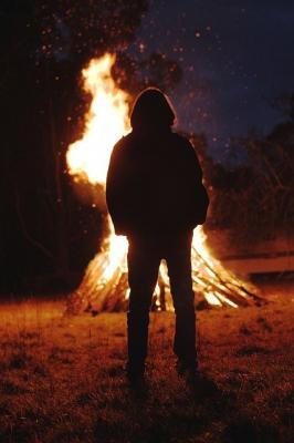 Verbrennen von Gartenabfällen und Lagerfeuer