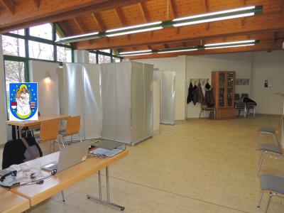 Mobile Impfstation in der Mehrzweckhalle