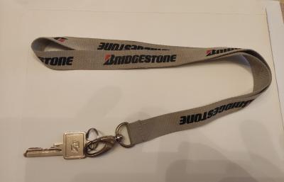 Bridgestone-Schlüsselband