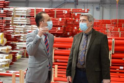 Werkleiter René Löffler mit Bürgermeister Dr. Oliver Hermann I Foto: Martin Ferch