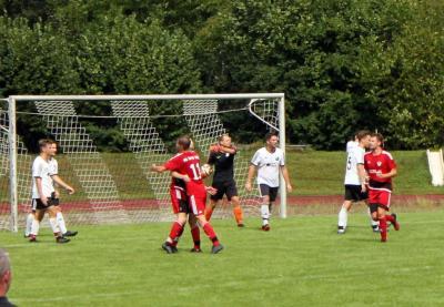 FG 2010 startet mit Auftaktsieg gegen Molpertshaus