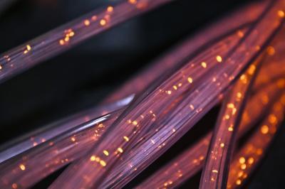 Pixabay | Abbildung von Glasfaserkabeln