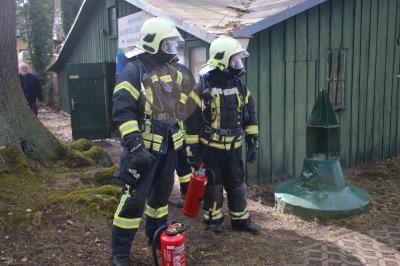 Foto zu Meldung: Feuerwehr fuhr sich nach Einsatz fest