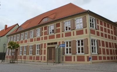 Bibliothek im Kontor wieder geöffnet