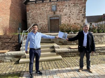 Beitrag zum Umweltschutz - Neugestaltung Kirchenumfeld Hergershausen