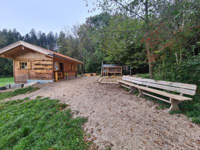 Waldkingergarten-Hütte Tuntenhausen