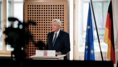 Foto zur Meldung: Ministerpräsident Volker Bouffier zu den neuen Kabinetts-Beschlüssen