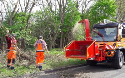 Wir suchen zwei mitarbeitende/n Maschinistinen/Maschinisten für die Grünflächenpflege (w/m/d)
