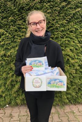 Foto zur Meldung: Süßer Ostergruß für die ehrenamtlichen Helferinnen und Helfer der Seniorenbegegnungsstätte