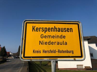 Ortsschild Kerspenhausen