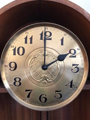 Die Uhren werden um 1 Stunde vorgestellt.