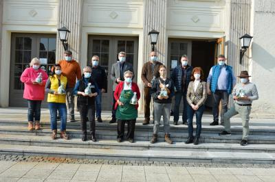 HändlerInnen des Wittenberger Wochenmarktes mit Bürgermeister Dr. Oliver Hermann und Mitgliedern des Interessenrings I Foto: Martin Ferch