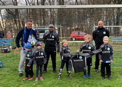 Foto zur Meldung: Osterüberraschung für die Bambini der SG Lehnin/Damsdorf und Fußballschule Awizio