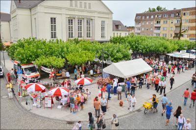 Das neue Konzept sieht unter anderem eine dauerhafte Fußgängerzone auf der Bahnstraße vor dem Kultur- und Festspielhaus vor I Fotos: Gerhard Baack