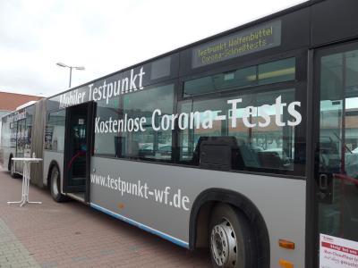 Corona-Schnelltest-Bus zum ersten Mal in Cremlingen