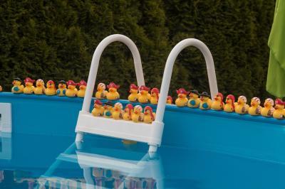 Foto zur Meldung: Badespaß im eigenen Garten - Wichtige Hinweise zur Befüllung und Wasserentsorgung bei Pools