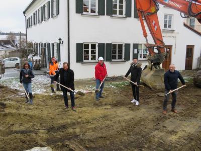 """Kindergarten """"Die kleinen Strolche"""" Gabelbach - Arbeiten für Anbau haben begonnen"""