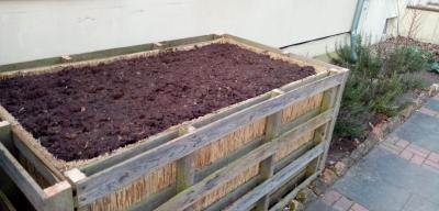 Foto zur Meldung: Hochbeetbau als Upcycling Projekt